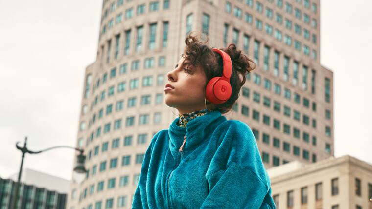 适合在家工作和旅游的7种最佳降噪耳机(2021)