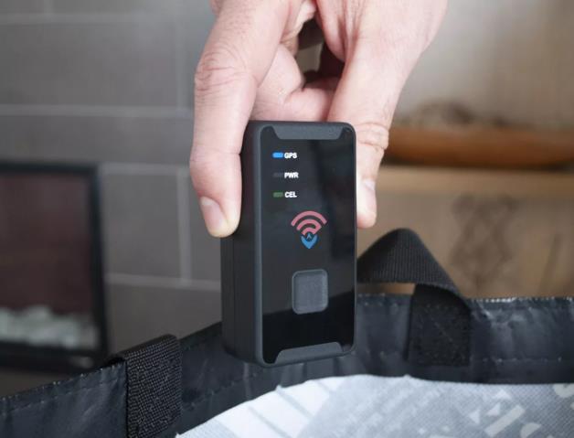 如何安装Spytec STI GL300MA GPS 追踪器